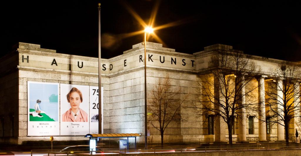Auch 2020 wieder im Westflügel des Haus der Kunst: die 100. Ausgabe der KUNST&ANTIQUITÄTEN. Haus der Kunst, 2012. Foto: Marino Solokhov